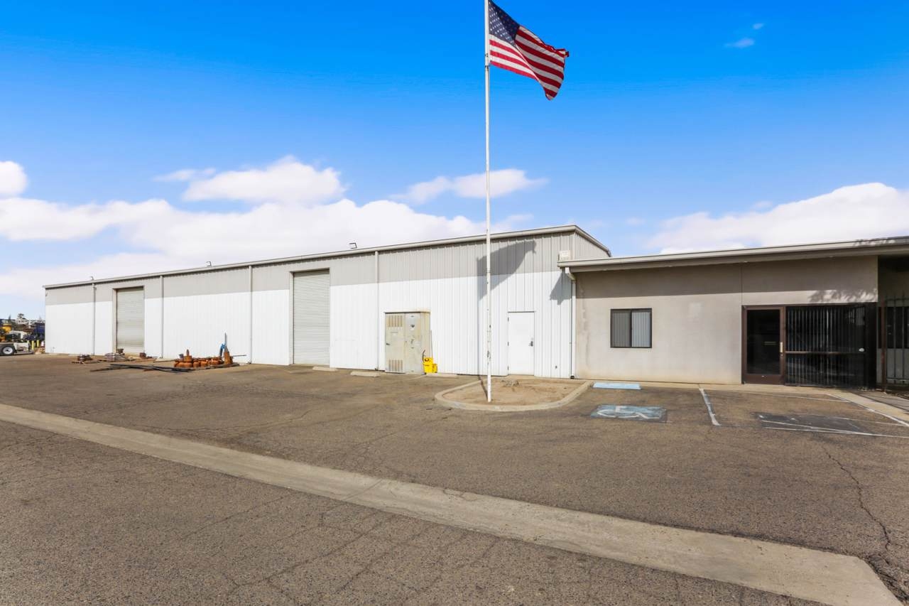 638 Industrial Drive - Photo 1