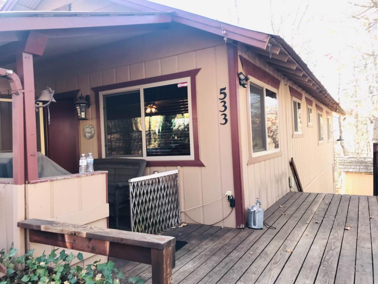 533 Oakood Drive - Photo 1