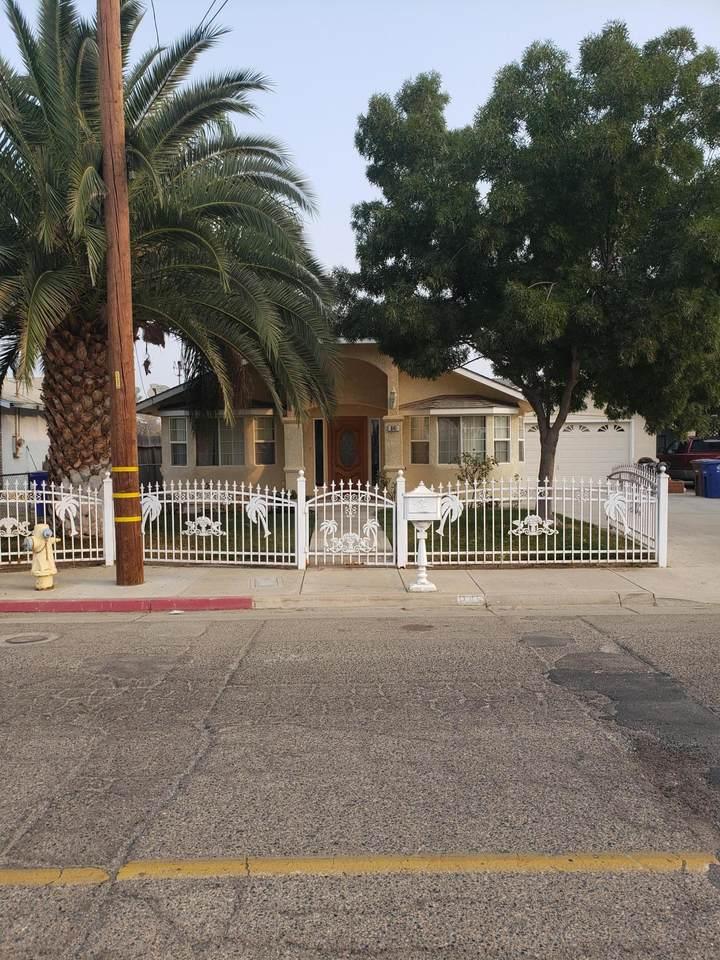841 Mariposa Street - Photo 1