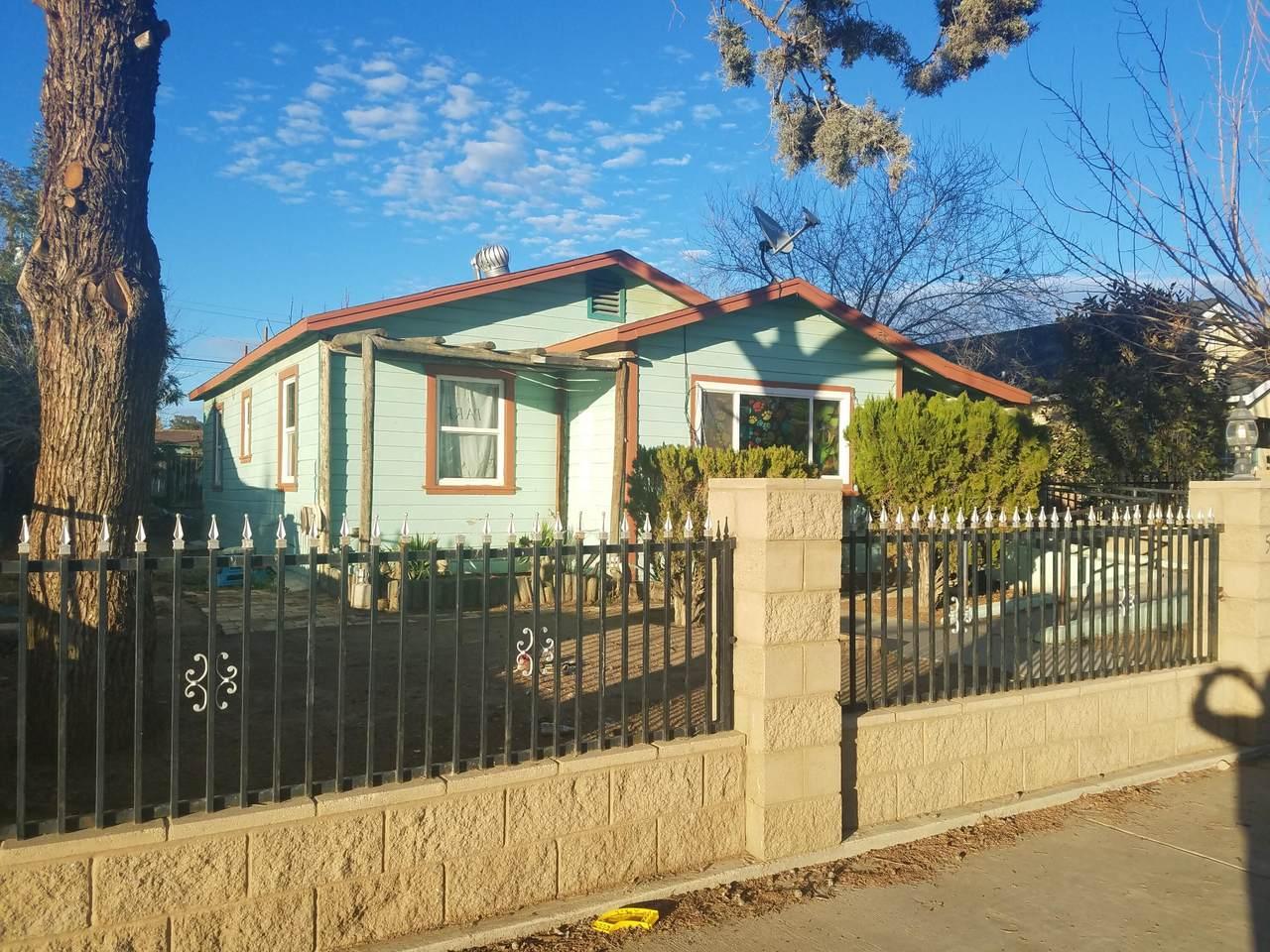 513 Monterey Street - Photo 1