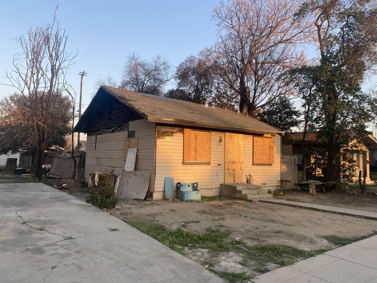 806 Church Street - Photo 1