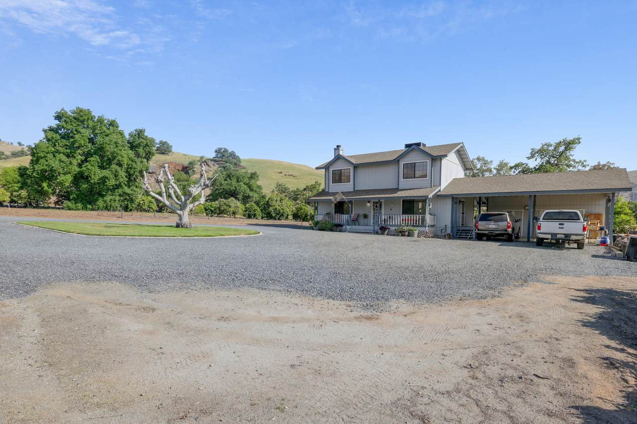 31409 Success Valley Drive - Photo 1