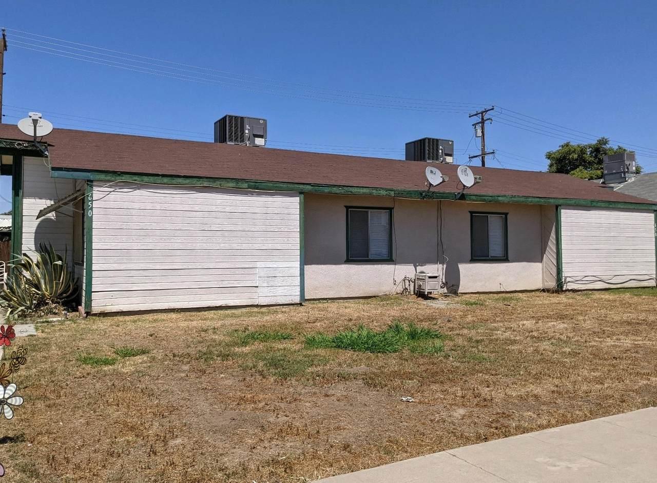 650 Ventura Avenue - Photo 1