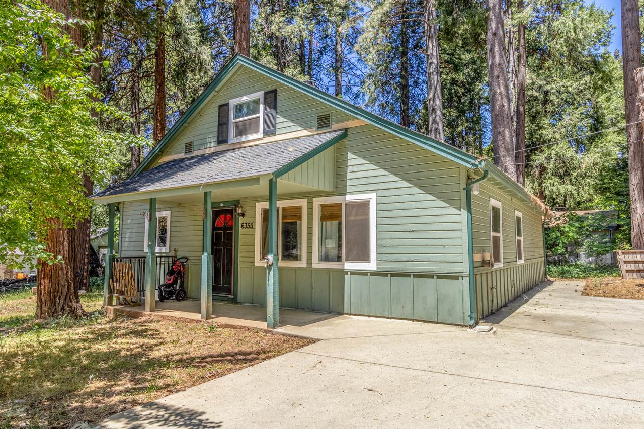 6355 Pine Street - Photo 1