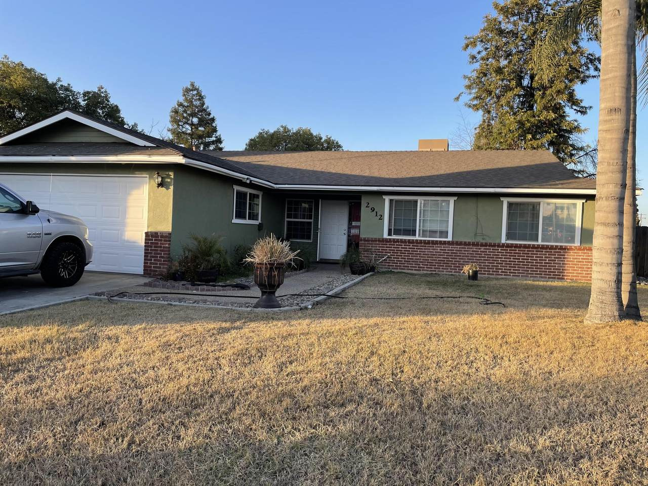 2912 Country Court - Photo 1