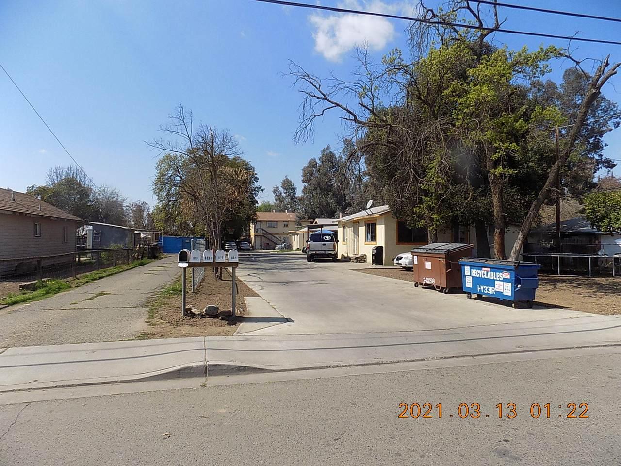 813 Leslie Street - Photo 1
