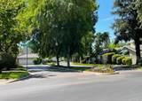 1528 Castleview Avenue - Photo 32