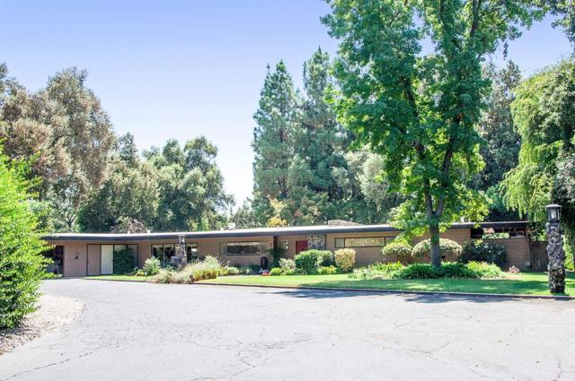 211 W Green Oaks Drive, Visalia, CA 93277 (#132590) :: The Jillian Bos Team