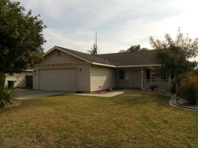 209 W Loyola Avenue, Visalia, CA 93277 (#133943) :: The Jillian Bos Team