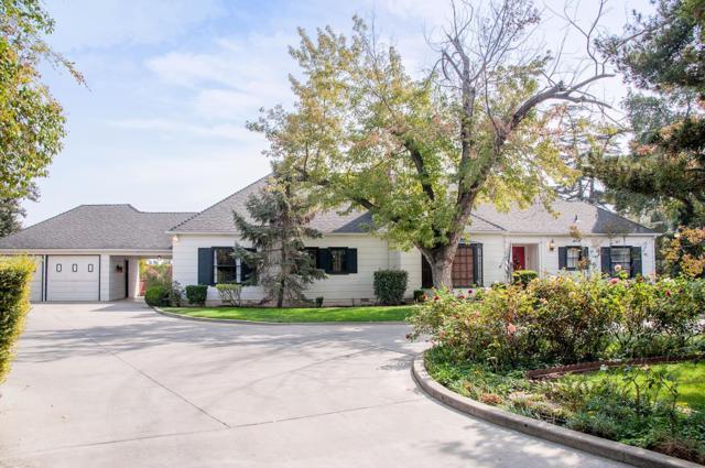 30 N Park Street, Porterville, CA 93257 (#133992) :: Robyn Graham & Associates