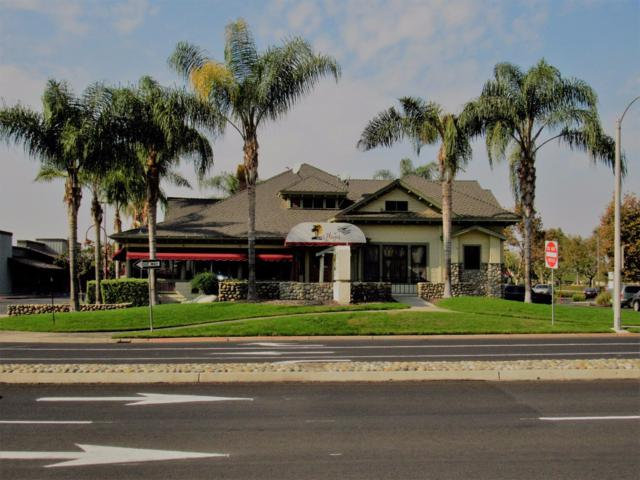 505 S Chinowith Street, Visalia, CA 93277 (#134548) :: The Jillian Bos Team