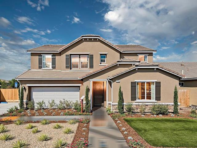 2735 N Boise Street, Visalia, CA 93291 (#135026) :: Robyn Graham & Associates