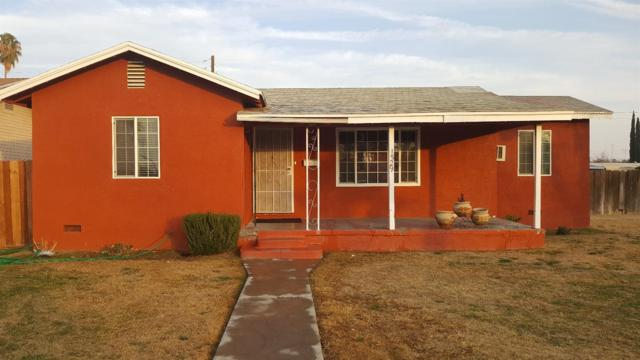 1529 Estes Avenue, Corcoran, CA 93212 (#135164) :: The Jillian Bos Team