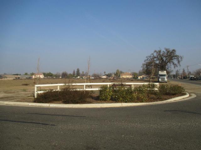 537 N West Street, Tulare, CA 93274 (#135938) :: The Jillian Bos Team