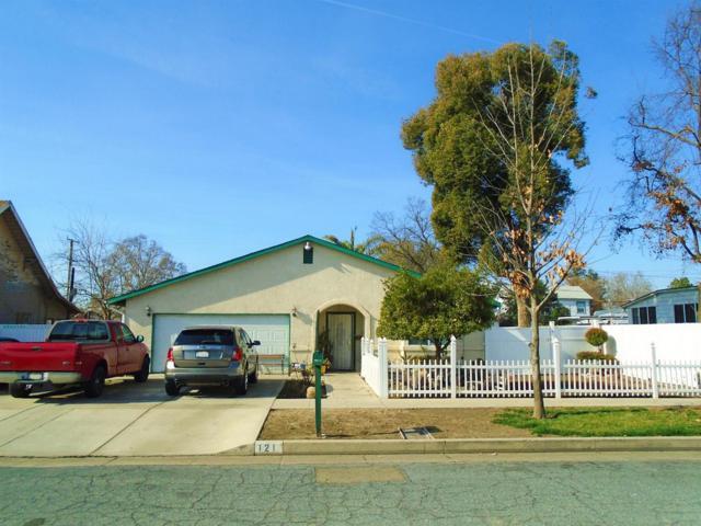 121 S G Street, Tulare, CA 93274 (#135956) :: The Jillian Bos Team