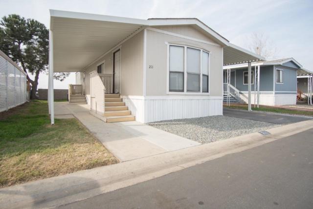720-211 Worth #211, Porterville, CA 93257 (#135999) :: The Jillian Bos Team