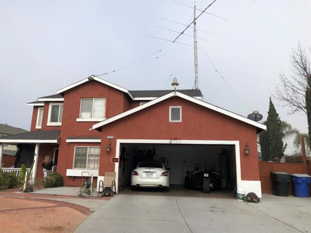 1122 Canyoncreek Street, Hanford, CA 93230 (#136108) :: Robyn Graham & Associates