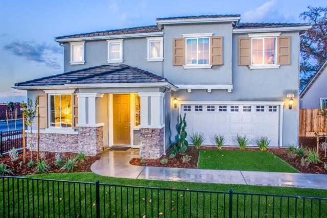 4346 W Lark Avenue Lot18, Visalia, CA 93291 (#136192) :: The Jillian Bos Team