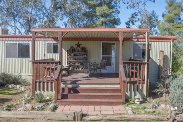 1874 Boren Lane, Squaw Valley, CA 93675 (#136255) :: The Jillian Bos Team