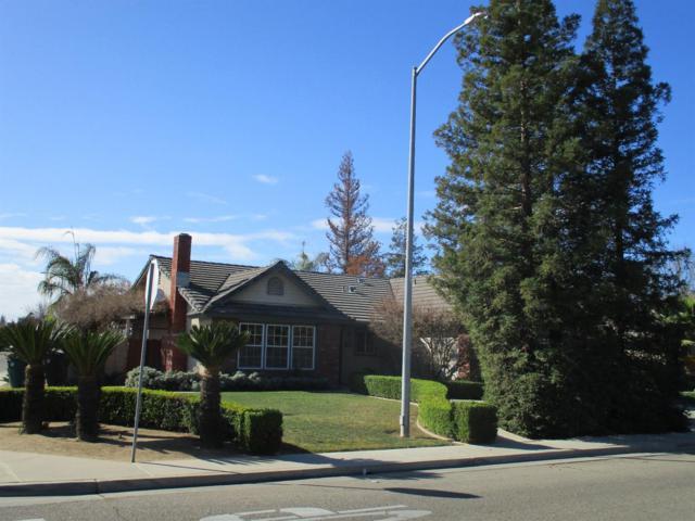 469 E Cypress Avenue, Reedley, CA 93654 (#136334) :: The Jillian Bos Team