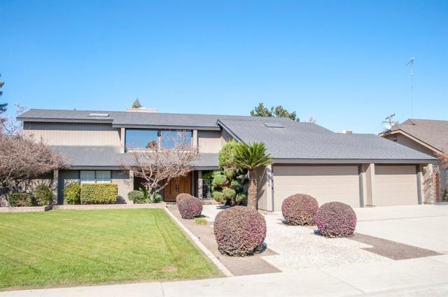 3830 W School Avenue, Visalia, CA 93291 (#136593) :: The Jillian Bos Team