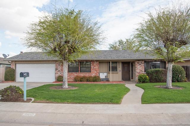 2934 Linda Vista, Visalia, CA 93277 (#136984) :: The Jillian Bos Team
