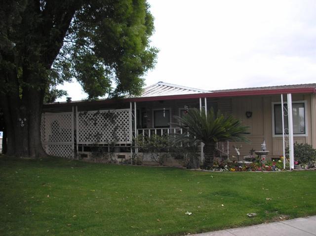 2400 Midvalley Avenue #E4, Visalia, CA 93277 (#136986) :: Robyn Graham & Associates