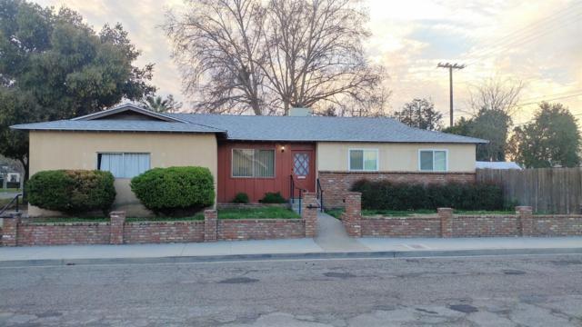 996 E San Joaquin Avenue, Tulare, CA 93274 (#137066) :: Robyn Graham & Associates