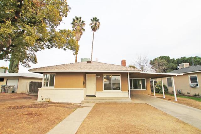 2212 Kenmore Drive W, Fresno, CA 93703 (#137071) :: Robyn Graham & Associates