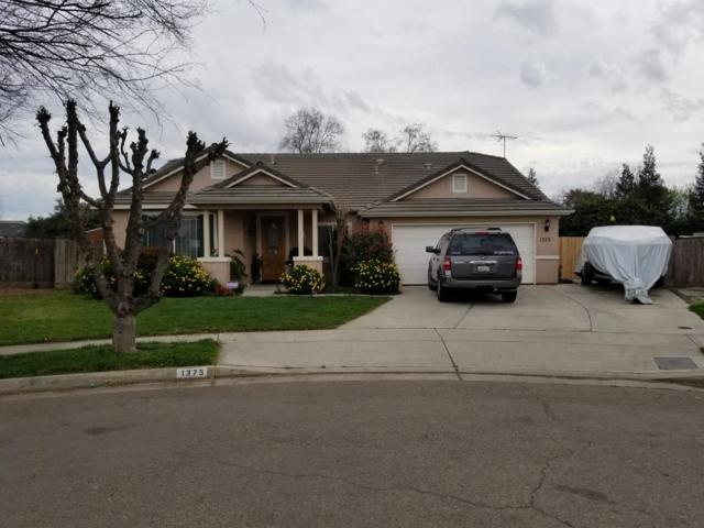 1375 Zinfandel Court, Tulare, CA 93274 (#137072) :: Robyn Graham & Associates
