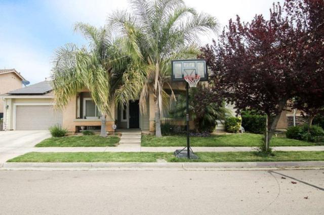 2370 E Early Avenue, Reedley, CA 93654 (#137468) :: Robyn Graham & Associates
