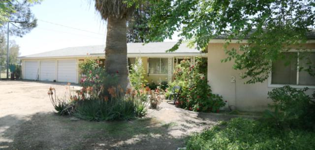 23243 Clayton Avenue, Reedley, CA 93654 (#138187) :: Robyn Graham & Associates