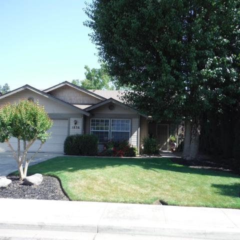 1836 E Laurel Avenue, Visalia, CA 93292 (#138381) :: The Jillian Bos Team