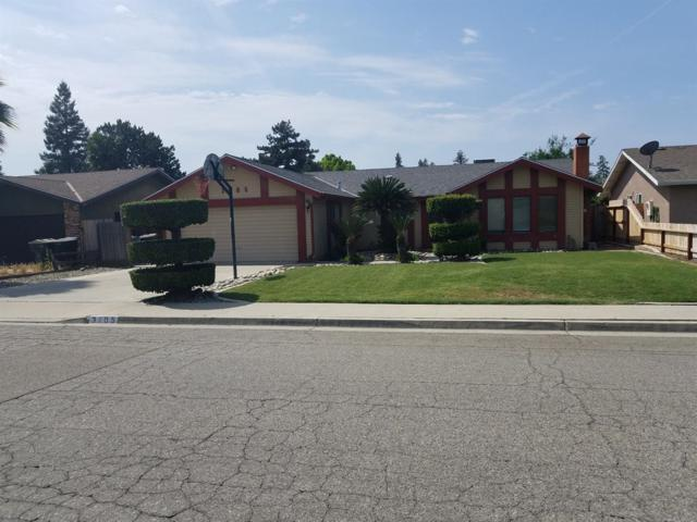 3105 W Beech Avenue, Visalia, CA 93277 (#138520) :: The Jillian Bos Team