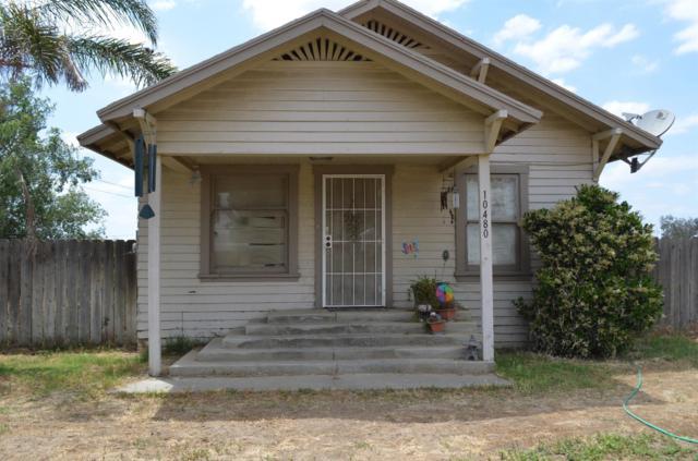 10480 9 1/8 Avenue, Hanford, CA 93230 (#138535) :: Robyn Graham & Associates