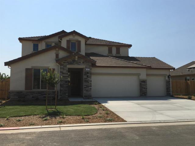 1065 Ridge Creek Way, Dinuba, CA 93618 (#138878) :: The Jillian Bos Team