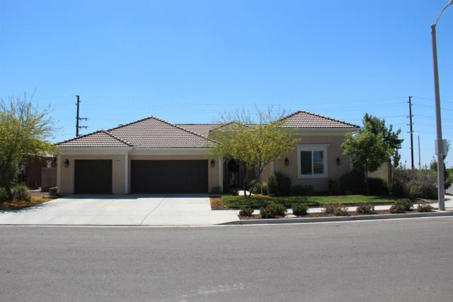 2727 N Sidney Street, Visalia, CA 93291 (#138893) :: Robyn Graham & Associates