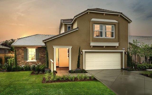 2701 N Boise Street, Visalia, CA 93291 (#139115) :: Robyn Graham & Associates