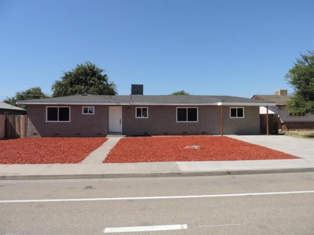 621 E Kamm Avenue, Dinuba, CA 93618 (#139250) :: The Jillian Bos Team
