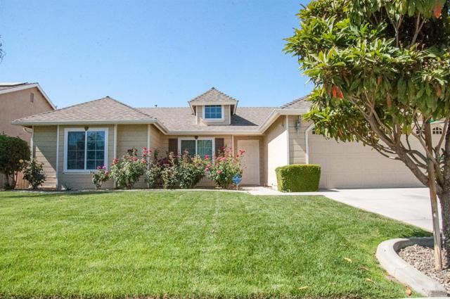 1100 Avalon Drive, Lemoore, CA 93245 (#139327) :: Robyn Graham & Associates