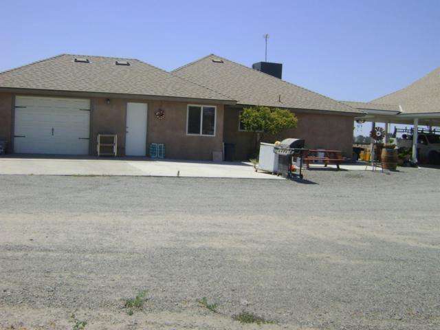 2650 Patterson Avenue, Corcoran, CA 93212 (#139414) :: Robyn Graham & Associates
