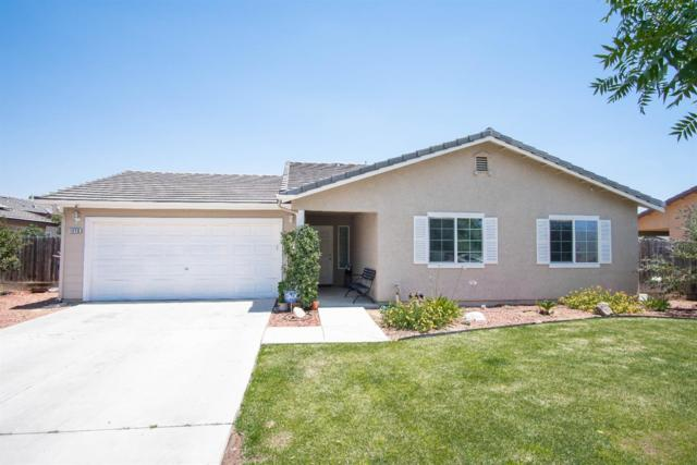 1070 Princeton Avenue, Lindsay, CA 93247 (#139472) :: The Jillian Bos Team