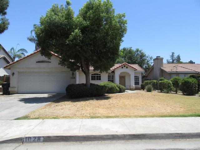 1028 S Tracy Street, Visalia, CA 93292 (#139638) :: The Jillian Bos Team