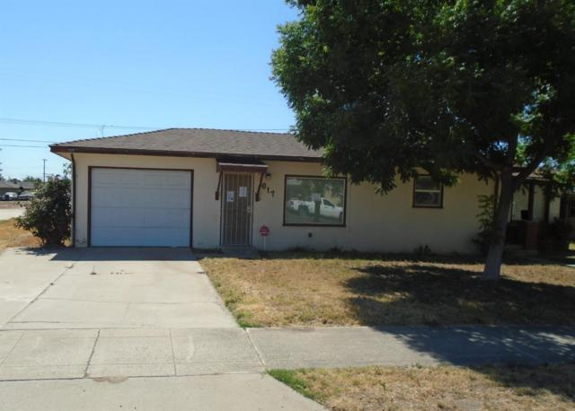 617 N M Street, Tulare, CA 93274 (#139878) :: The Jillian Bos Team