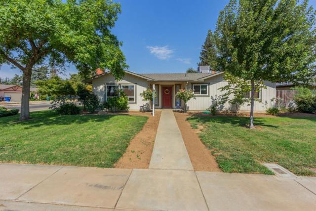 1438 N Steven Avenue, Reedley, CA 93654 (#139928) :: Robyn Graham & Associates