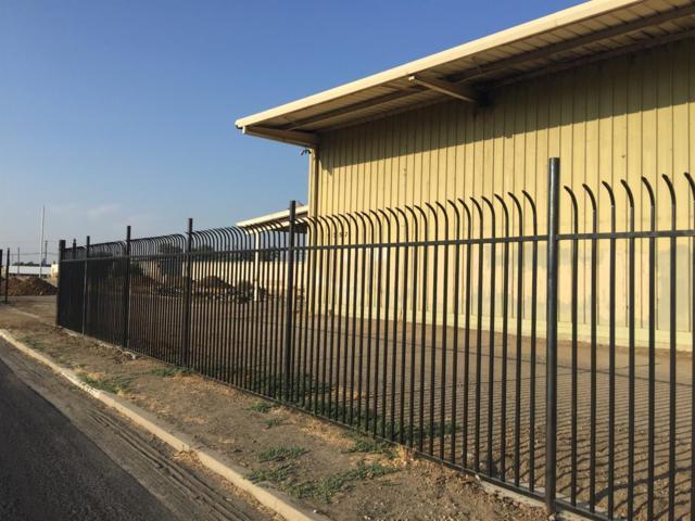 19757 Orange Belt Drive, Strathmore, CA 93267 (#140210) :: Robyn Graham & Associates
