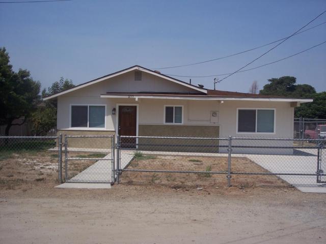 277 Wells Street, Woodlake, CA 93286 (#140236) :: Robyn Graham & Associates