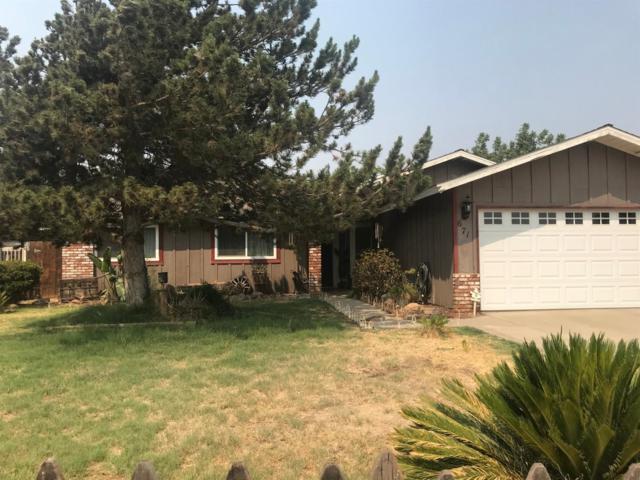 671 N Gene Avenue, Farmersville, CA 93223 (#140290) :: Robyn Graham & Associates
