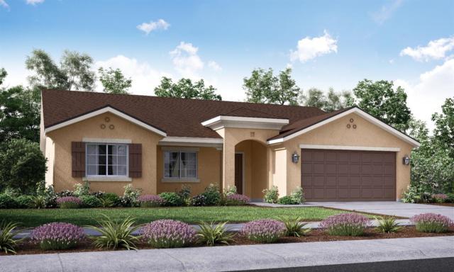 756-Lot 113 Sarah Lane, Dinuba, CA 93618 (#140339) :: Robyn Graham & Associates