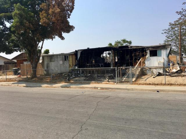 11520 Jones Street, Hanford, CA 93230 (#140410) :: Robyn Graham & Associates